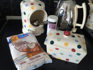 Ingredients for oatcakes
