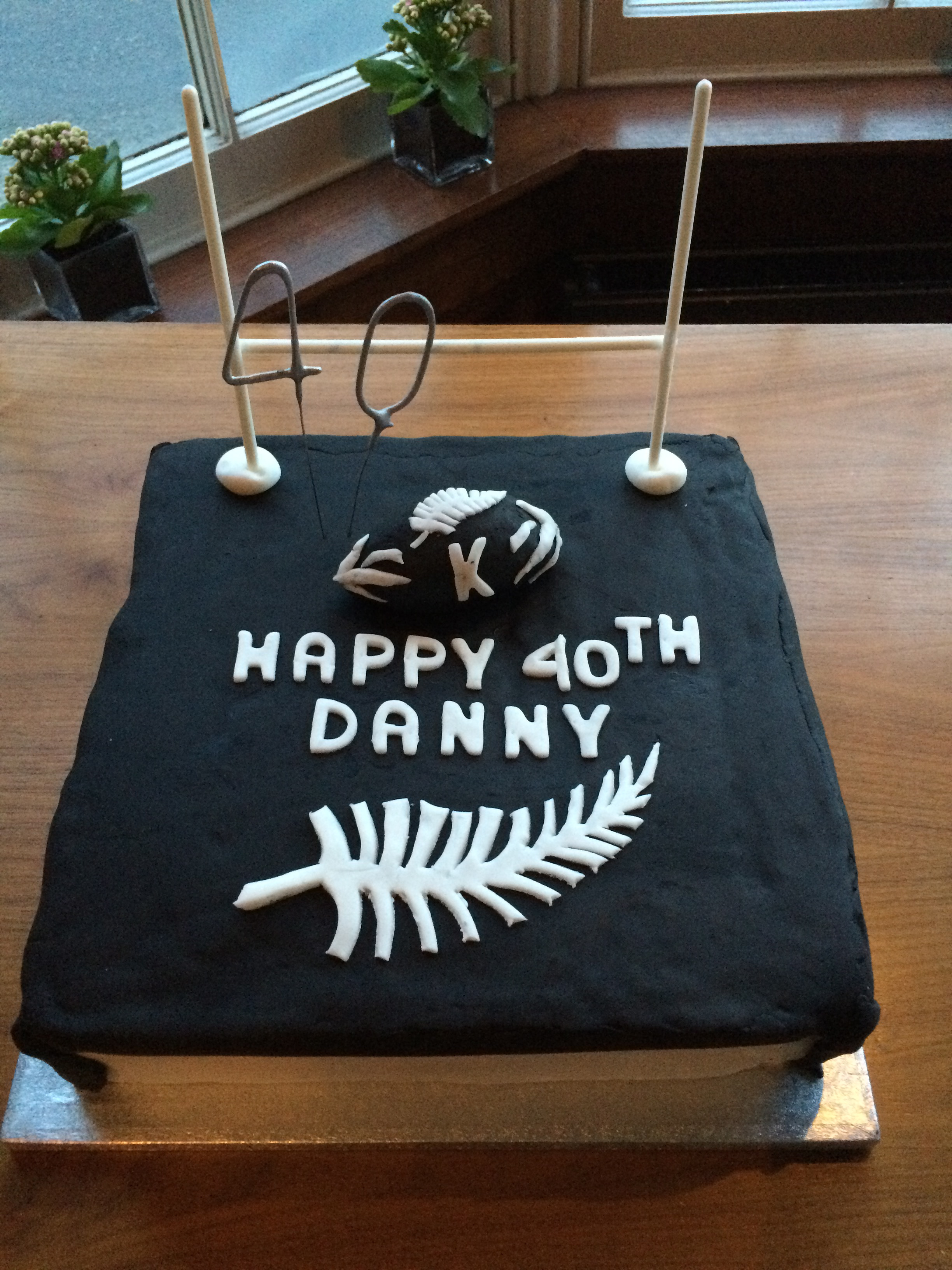 Week 15 an All Blacks themed 40th birthday cake Its not easy