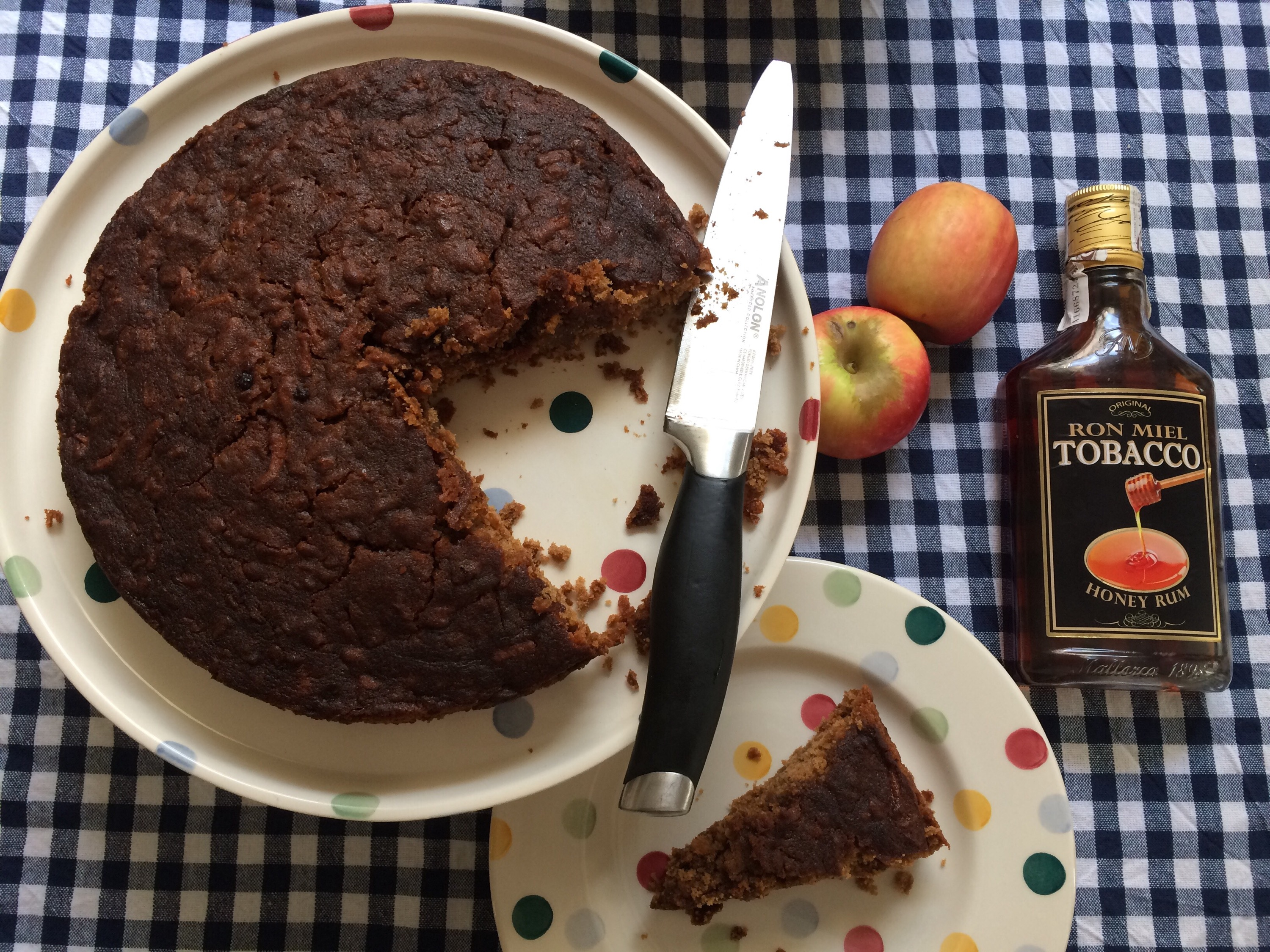 Happy Birthday Dear Blog Celebrating With Spiced Apple And Rum Cake