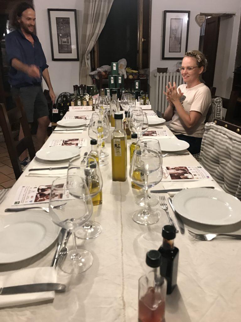 Tuscany: ravagni laid table